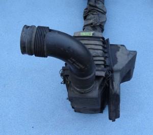 filtr, obudowa filtra powietrza Alfa Romeo 147 1,6 TS