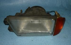 lampa przednia reflektor kierunkowskaz Alfa Romeo 75 lewy