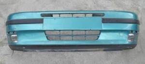 Zderzak przedni Fiat Punto jedynka 1994-1999 lakierowany z halogenami