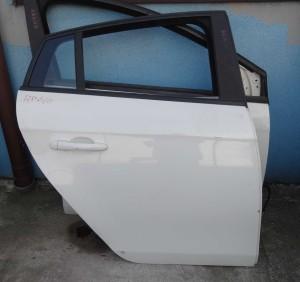 szyba opuszczana drzwi tylne prawe Fiat Bravo 2