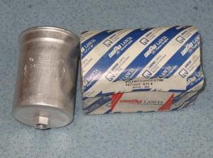 filtr paliwa ALFA ROMEO 164 GTV 2.0 2.5 3.0 LANCIA KAPPA nr. kat. 7574020 BOSCH 0450905401