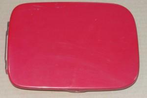 klapka wlewu paliwa Fiat Punto 1 kolor czerwony wyblakły na różowy (14)