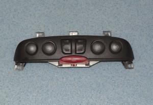 panel awaryjne przyciski do opuszcznia szyb Fiat Punto II halogeny bez city